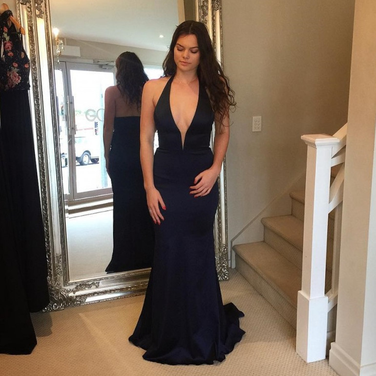 e48d737a98d Sexy Black Mermaid Prom Dresses 2019 Halter Deep V Neck Formal Dress Cheap  Satin robe de soiree Special Occasion Party Dress