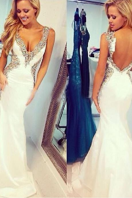2017 Sexy White Evening Dress V-neck Spaghetti straps Sleeveless Backless Party Prom Gowns